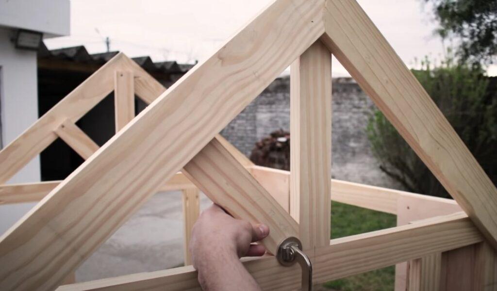 listones de techo de madera