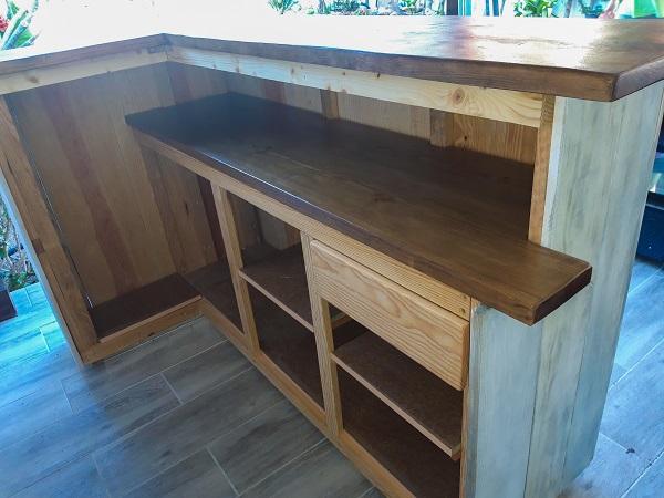 barra de bar de madera